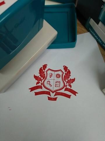 khac dau logo